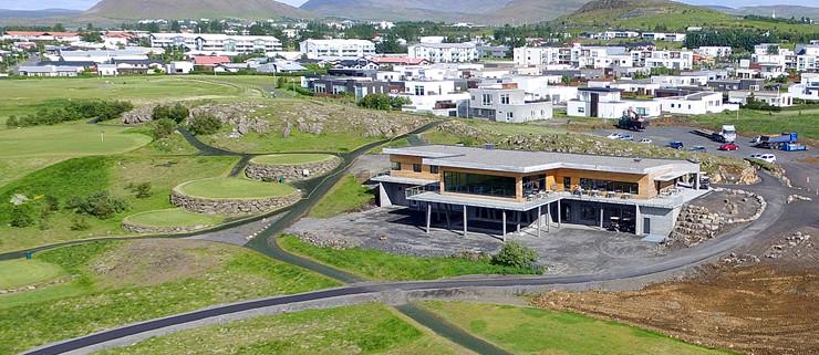 Reist hefur verið 1.200 fm hús á Hlíðavelli, 18 holu golfvelli í Mosfellsbæ.