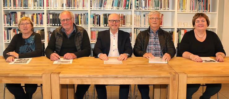 Stjórn samfélagssjóðsins: Sigríður, Steindór, Stefán Ómar, Birgir og Svanlaug.
